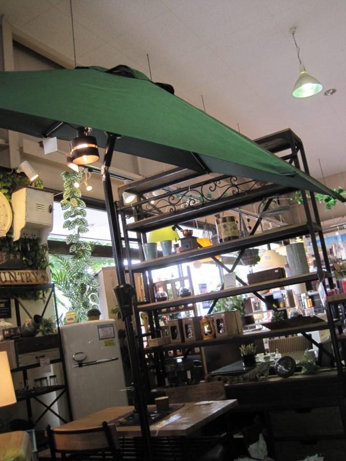 アルミガーデンパラソル(ベースセット) 角度調整付 ビッグサイズ グリーン 新品
