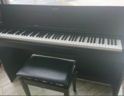 YAMAHA ヤマハ ARIUS アリウス 電子ピアノ 2012年製