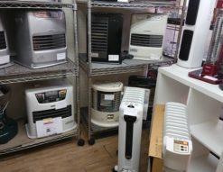 暖房器具 石油ファンヒーター 石油ストーブ オイルヒーター 電気ヒーター ファンヒーター 未使用 美品