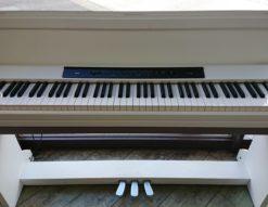 KORG コルグ 電子ピアノ 2012年製 ホワイト 白