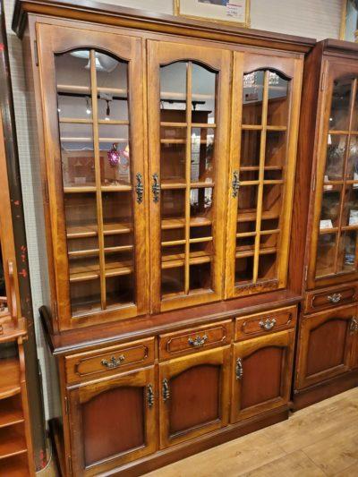 karimoku カリモク COLONIAL コロニアル シリーズ 飾り棚 食器棚 アンティーク調