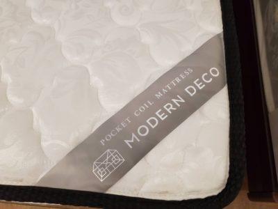 Modern Deco モダンデコ シングルサイズベッド オシャレ 収納あり コンセントあり USBあり 未使用