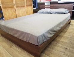 モデルルーム展示品 ダブルサイズ ベッド マットレス&フレームセット