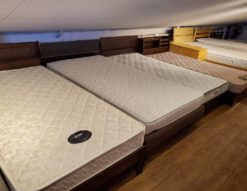 シングルベッド 種類豊富 ウォールナットカラー ダークブラウン 宮付き コンセント付き 収納付き ポケットコイル ボンネルコイル マットレス