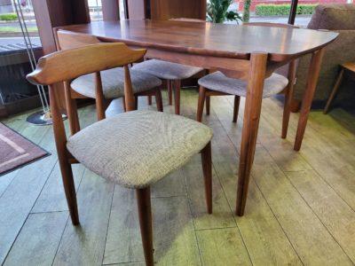 cherry furniture チェリー ファニチャー ダイニングテーブル ダイニングチェア 4脚 4人掛けダイニング セット 背もたれ低い おしゃれ カッコいい クルミ材 天然木