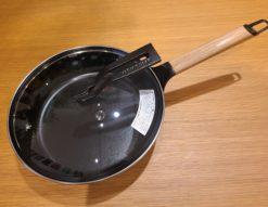 【新品未使用品】 VERMICULAR / バーミキュラ フライパン 24㎝ 深型 オーク材