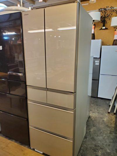 HITACHI 日立 520L 6ドア 冷蔵庫 2020年製 高年式 20年モデル まるごとチルド クイック冷却 500L 500L 大容量 ファミリータイプ クリスタルシャンパン ガラストップ スタイリッシュ 新しい 超美品 お洒落 オシャレ 冷凍冷蔵庫