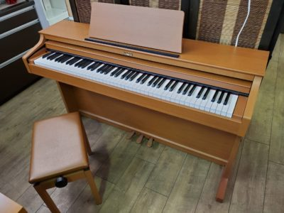 Roland Piano Digital ローランド 電子ピアノ デジタルピアノ 2010年製 ライトチェリー調 ライトブラウン 88鍵 ピアノタッチ HP302
