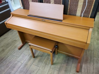 ROLAND PIANO DIGITAL ローランドピアノ ローランド電子ピアノ ピアノデジタル ダンパーペダル ソフトペダル 椅子付 チェア付 イス付 高級感 メトロノーム レコーダー ライトチェリー 2010年式 キレイ