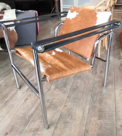 LC1 Sling Chair 2