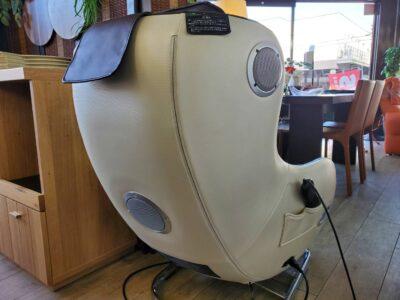 FUJI IRYOKI フジ医療器 マッサージチェア あんま 家庭用電気マッサージ器 2020年 美品 中古 AS-LS1 2.1chBluetooth対応スピーカー ペアリング スマホと連携 1人用 1P 1シーター パーソナルチェア ソファ リサイクルショップリサイクル 再良市場 天白区 名東区 買取 出張買取 高価買取 販売 お値打ち 特価 セール 決算セール セール中 おススメ おすすめ オススメ お洒落 癒し リラックス 家庭用