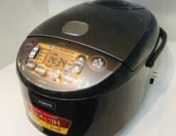 ZOJIRUSHI*一升炊き炊飯器(ND-VI18,2020年製)買取しました!