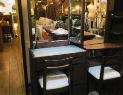 『ランプ付き三面鏡ドレッサー』買取しました!